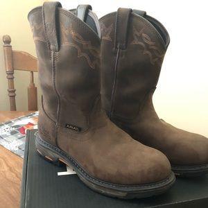 Ariat Workhog Boot